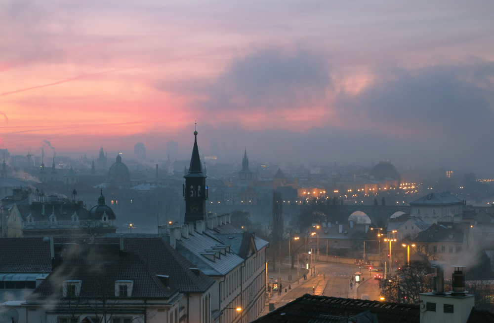 Fotografie Arrival of the Mist, na fotce: morning, prague, winter, clouds, mist, autor: Ondřej Zapletal